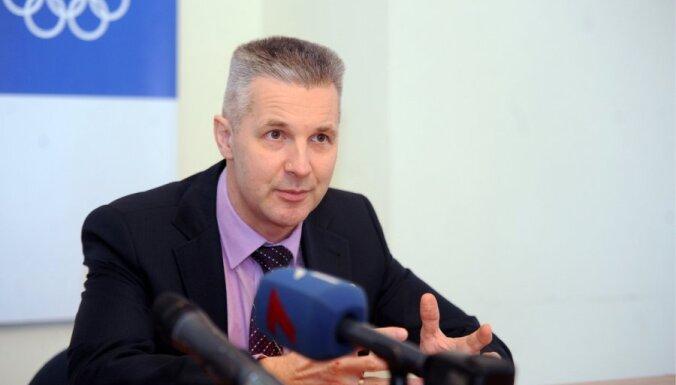 Bergmanis nav piemērotākais kandidāts aizsardzības ministra amatam, uzskata Pabriks