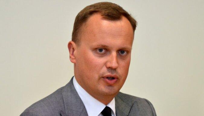 Grigulei bija jāatturas balsojumā par EP rezolūciju, min Tavars