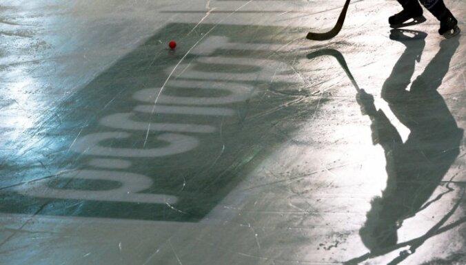 На ЧМ по бенди выступающий за немцев 60-летний хоккеист забил белорусам