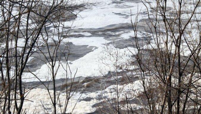 Lielākajā daļā upju turpina paaugstināties ūdens līmenis