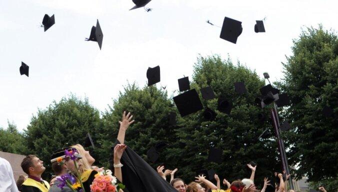 Домбровский советует RPIVA объединиться с Латвийским университетом