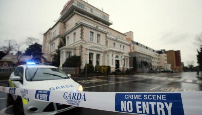 Video: Bokseru svēršanās laikā Dublinā izceļas apšaude; viens bojāgājušais