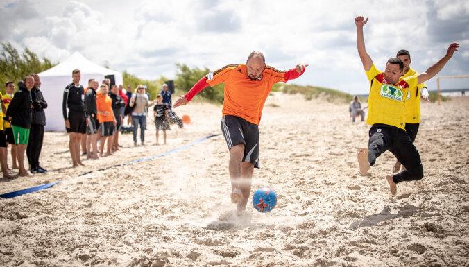 'Linden City BSC' otro reizi izcīna Latvijas kausu pludmales futbolā