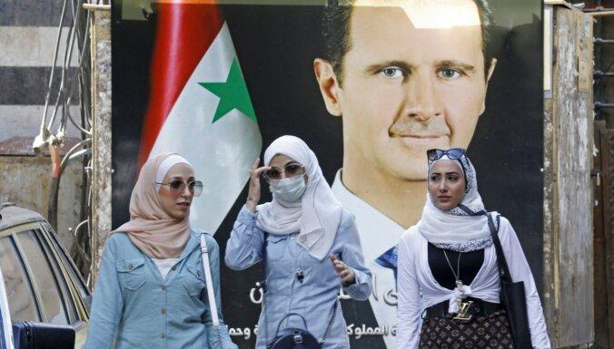 Sīrijā domā, ka stāsti par grūtībām uz Baltkrievijas robežas ir viltus ziņas, atklāj sīrietis