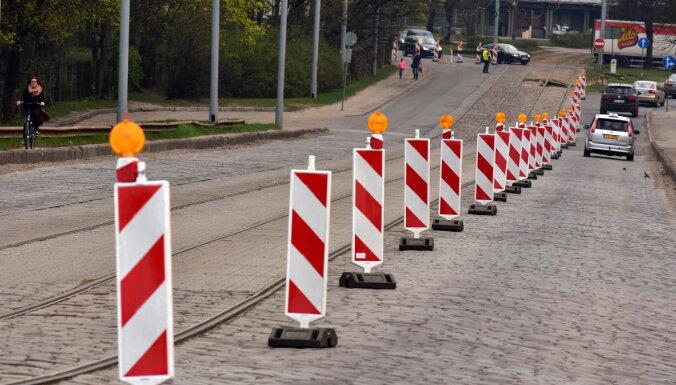 Буров приказал незамедлительно прекратить движение трамваев по Брасскому мосту