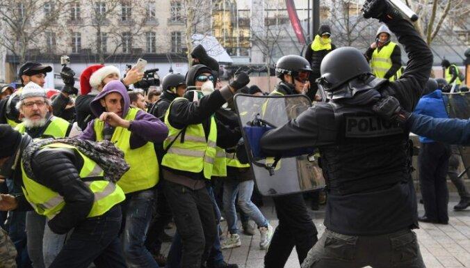 Уступки Макрона могут обойтись казне Франции в 10 млрд евро
