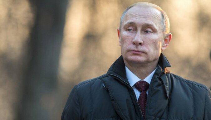 NATO neizslēdz Putina gāšanu 2015.gadā, vēsta Vācijas izdevums
