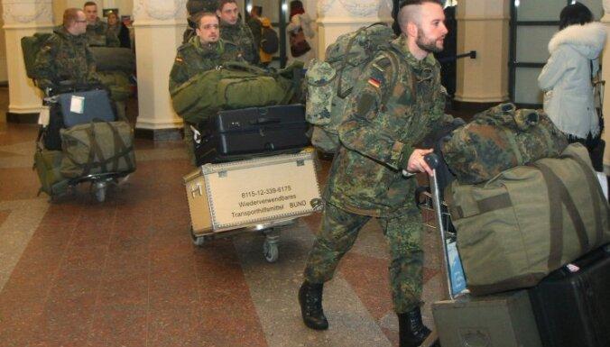 Первые солдаты из батальона НАТО прибыли в Литву