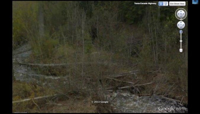 Ar 'Google Earth' Kanādā atrasts sniega cilvēks