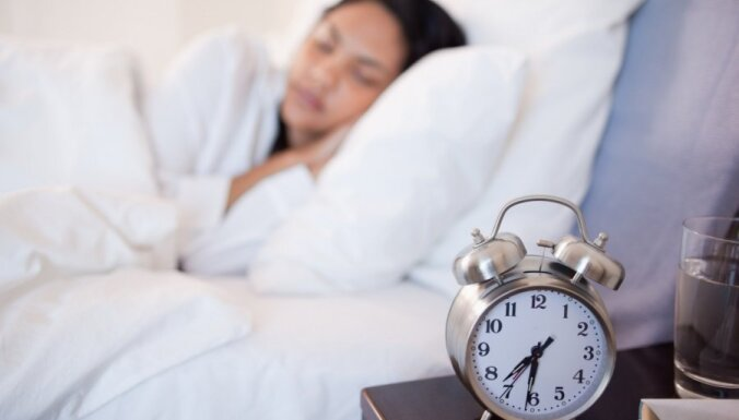 От будильника до невесомости: 10 повседневных вещей, которые вам вредят