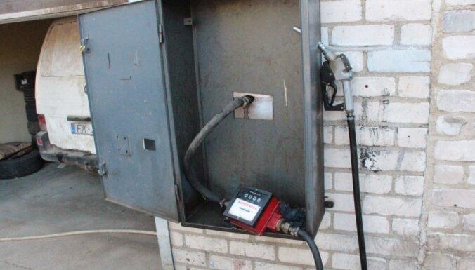 Daugavpilī atrod nelegālu degvielas uzpildes staciju