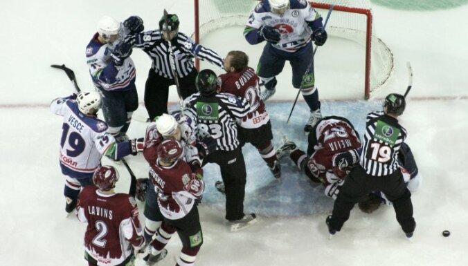 'Torpedo' uzbrucējs Krikunovs: citām komandām pret Rīgas 'Dinamo' būtu tikpat grūti