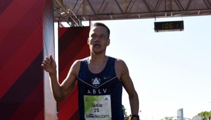 Višķers Eiropas kausā labo personīgo rekordu 10 000 metru skrējienā