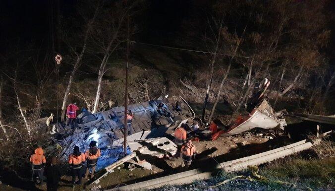 Aviokatastrofa Irānā: Ukrainā izskata versiju par lidmašīnas notriekšanu ar 'Tor' raķeti