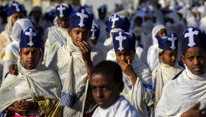 Ap 350 000 etiopiešu cieš badu