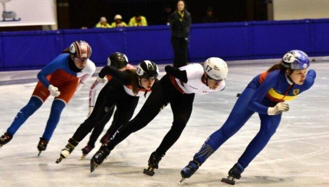 Latvijas sportistiem pieticīgi rezultāti Eiropas Jaunatnes ziemas olimpiādes pirmajā dienā