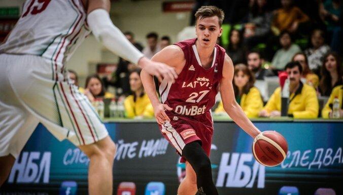 Latvijas basketbola izlasei veselības dēļ nevarēs palīdzēt vairāki spēlētāji