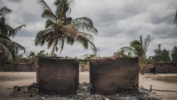 Mozambikā islāmisti nogalina vismaz pussimts jauniešu
