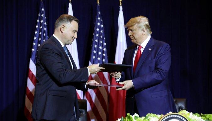 Tramps un Duda paraksta vienošanos par ASV militārās klātbūtnes paplašināšanu Polijā