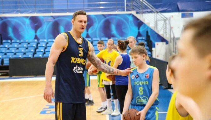 Jānis Timma: gaidu savu iespēju spēlēt NBA