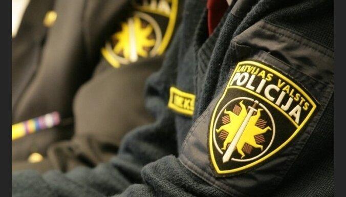 Policija neatklāj Naglas dzīvokļa kratīšanas iemeslus; eksperti atgādina par mediju avotu aizsardzību