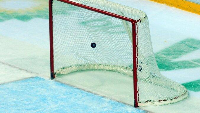 'SMScredit.lv' neļauj divkārtējiem čempioniem 'Liepājas metalurgs 2' sasniegt Latvijas hokeja čempionāta finālu