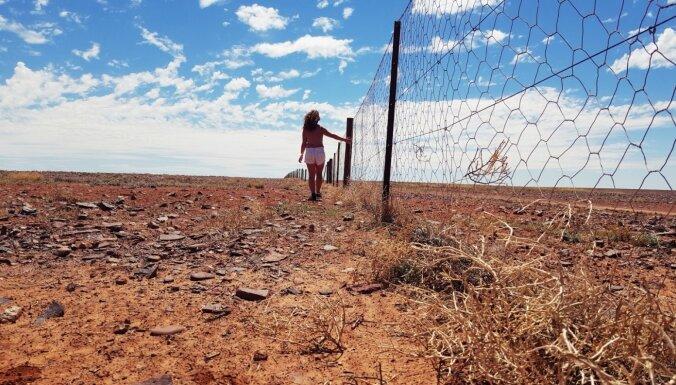 Vien ar mugursomu plecos. Latviešu ceļotājas stāsts, šķērsojot Austrāliju