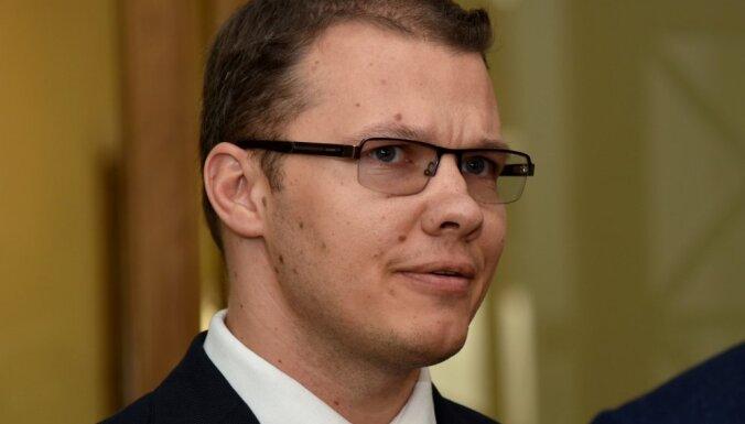 Депутаты отклонили собравшую 10 000 подписей инициативу о сохранении билингвального образования