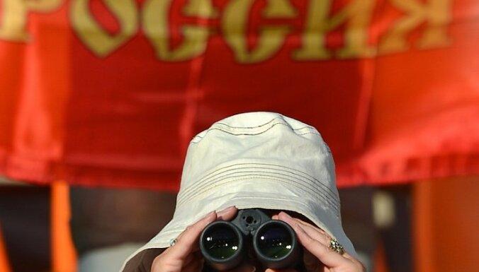 Pētīs, vai par spiegošanu aizturētā Igaunijas virsnieka darbība ietekmējusi Latvijas drošību
