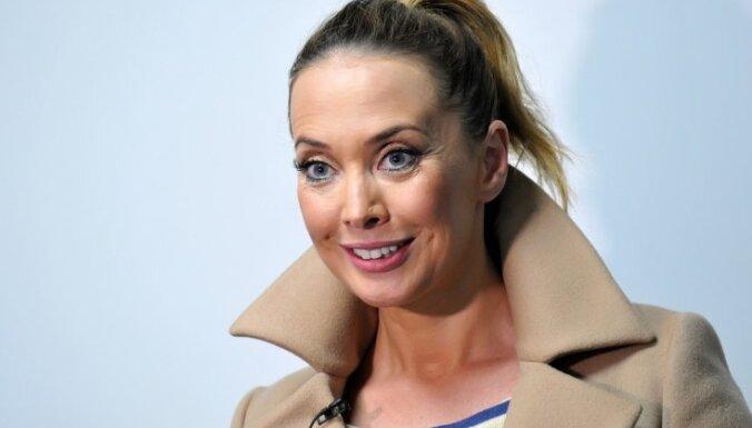 СМИ: Пропавшие деньги Жанны Фриске со счета сняла мать певицы