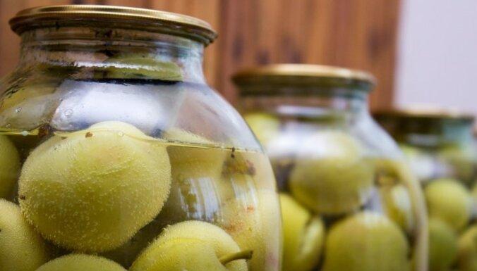 Skābējam ābolus: Padomi, dažādas marinādes un diētiskas ābolu majonēzes recepte