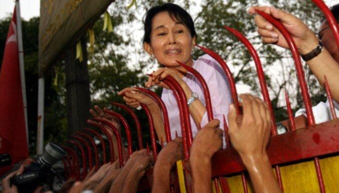 Mjanmas līdere ANO tiesā noraida apsūdzības genocīdā