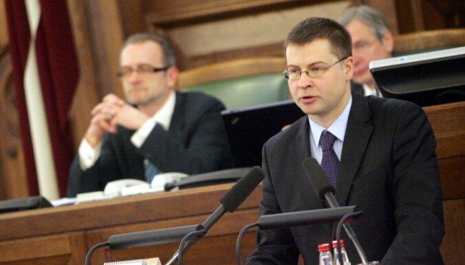 Saeimā uzklausa nacionālās drošības ziņojumu; opozīcija uzskaita tā trūkumus