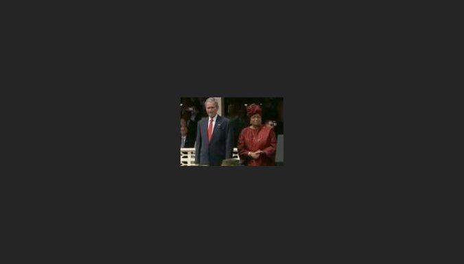 Buss un Liberijas prezidente
