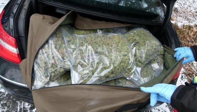 Эстония: банда наркоторговцев возила кокаин и марихуану через Латвию