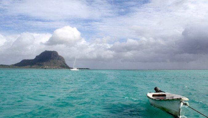 Рыбаки спасли пассажиров упавшего самолета