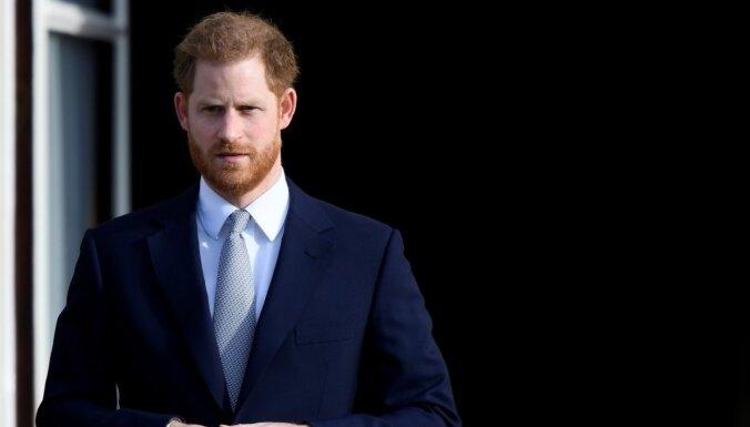 Королева спасет принца Гарри от позора на похоронах принца Филиппа