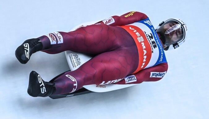 Latvijas kamaniņu izlase Pasaules kausa posmā stafetes disciplīnā izcīna bronzu