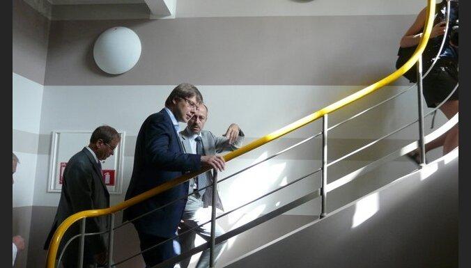 Нил Ушаков смотрел, на что Первая городская больница наши деньги потратила (видео)