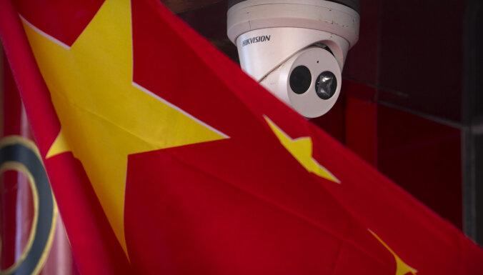 Люди, бегущие от коронавируса, направляются в новое безопасное место: Китай