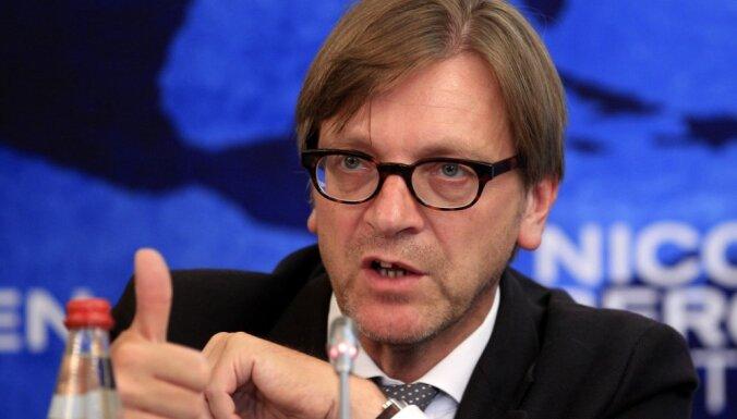 Krievi, amerikāņi un turki grib sagraut ES, brīdina Verhofstats