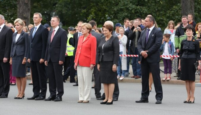 Merkele gatava stiprināt Baltijas aizsardzības infrastruktūru