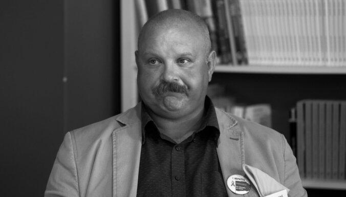 Mūžībā devies Stradiņa slimnīcas infektologs Pauls Aldiņš