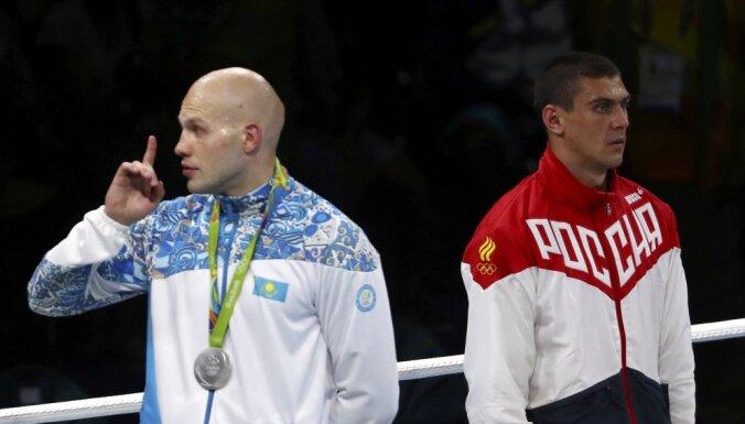 Vassiliy Levit (KAZ) reacts win Evgeny Tishchenko Russia