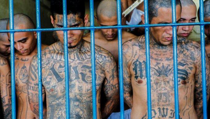 Pandēmijas radītos izaicinājumus izmanto gangsteru grupējumi, atzīst Salvadoras prezidents