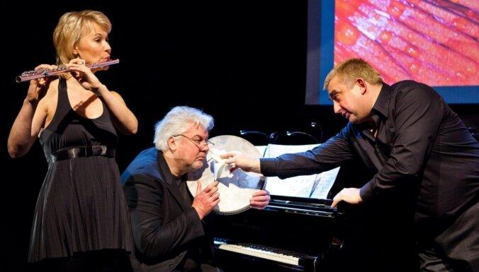 Dzintaru koncertzālē izskanēs koncertuzvedums 'Pasakas par ziediem'