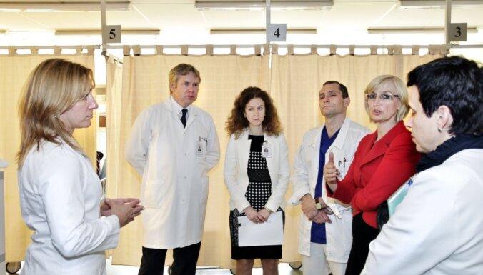 Stradiņa slimnīca kopā ar veselības ministri rod risinājumus  uzņemšanas nodaļas darbam