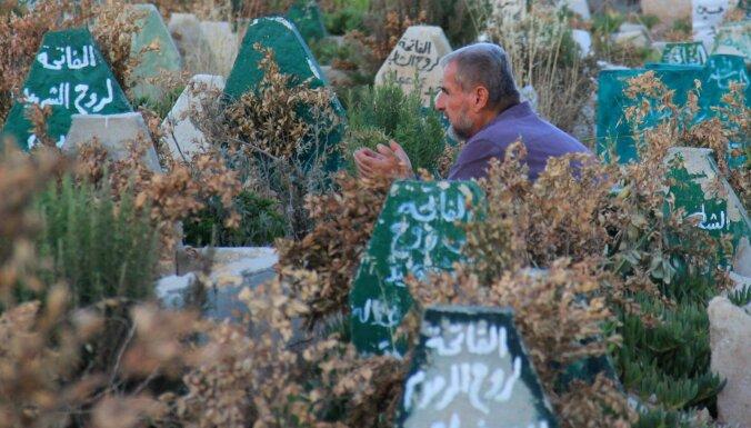 Libānieši atvēl savas zemes kapsētas sīriešiem izveidei