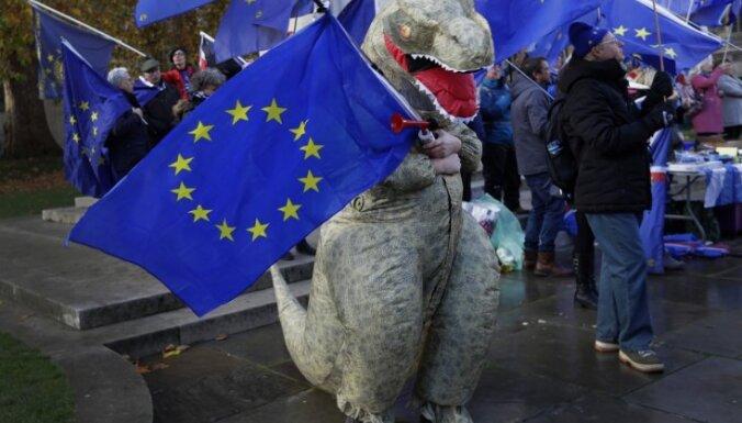 ES ministri Briselē atbalsta 'Brexit' vienošanās projektu