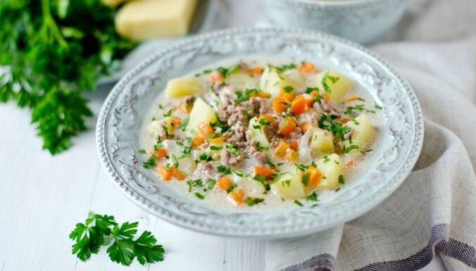14 sildošas un sātīgas siera zupas vakariņu laikam